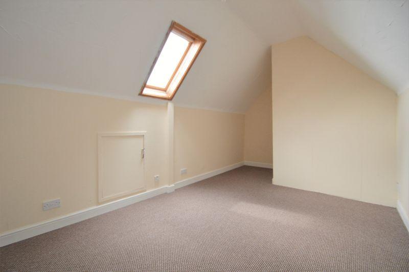 Broxtowe Hall Close