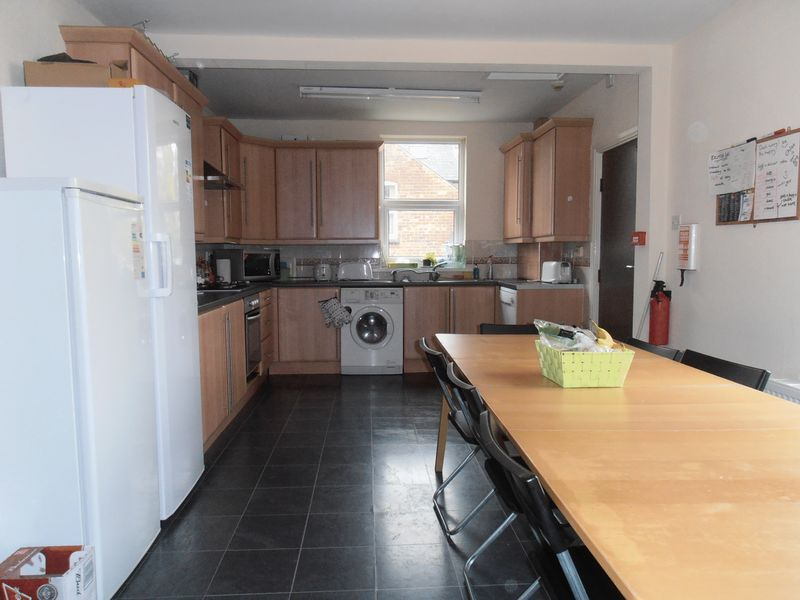 Seely road lenton nottingham for 7 kitchen road gouldsboro pa