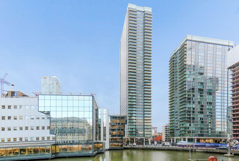 Landmark East Tower Canary Wharf