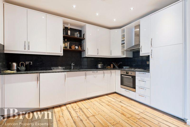 Nexus House 135-137 Whitechapel Road