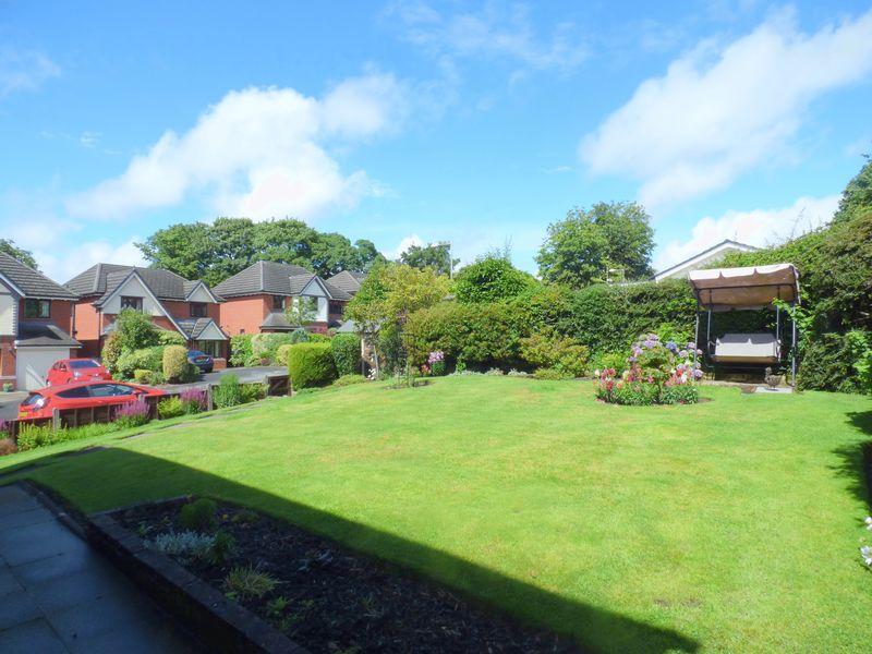 Glenside Drive Woodley