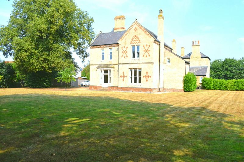 Rectory Park Sturton by Stow