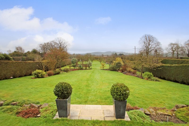 Folly Drive Ditcheat