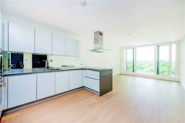 2 Bedrooms Property for sale in Cascade Court, Vista Chelsea Bridge