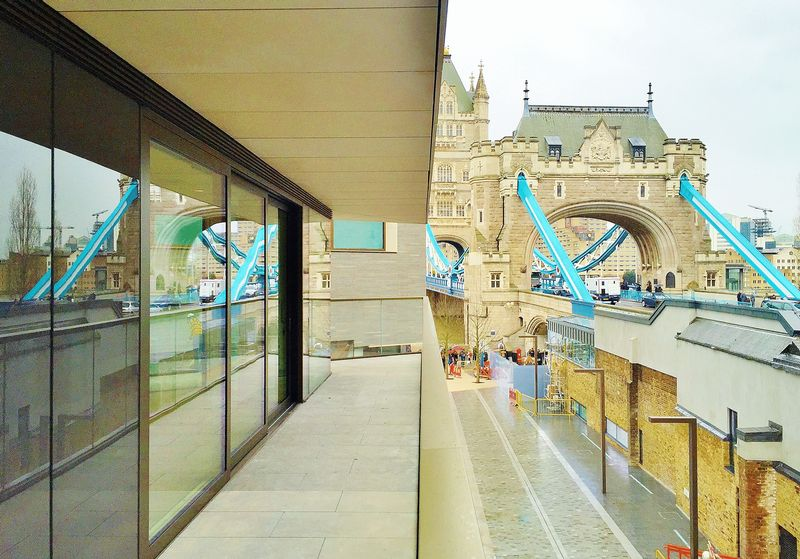 2 Bedrooms Property for sale in Tudor House One Tower Bridge