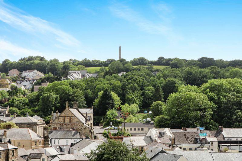 Tower Hill Gardens
