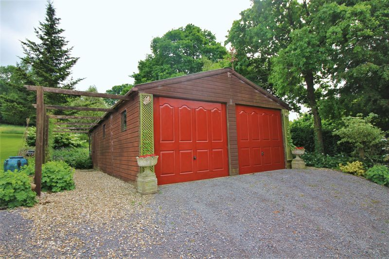 Double Garage and Workshop