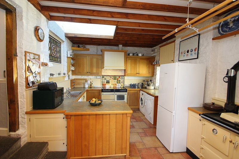 Peacocks Hill