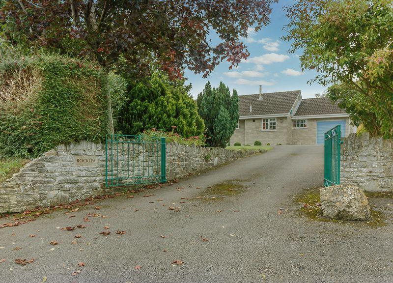 Henley Lane Butleigh