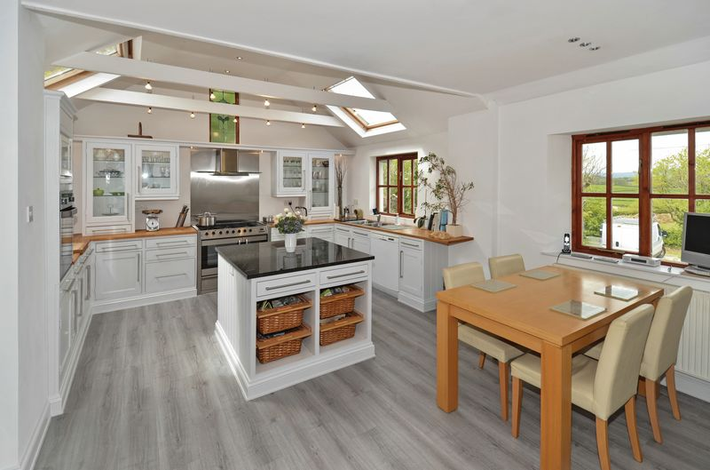 Mole Lane Whilborough