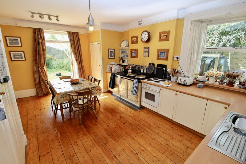 Maenporth Road