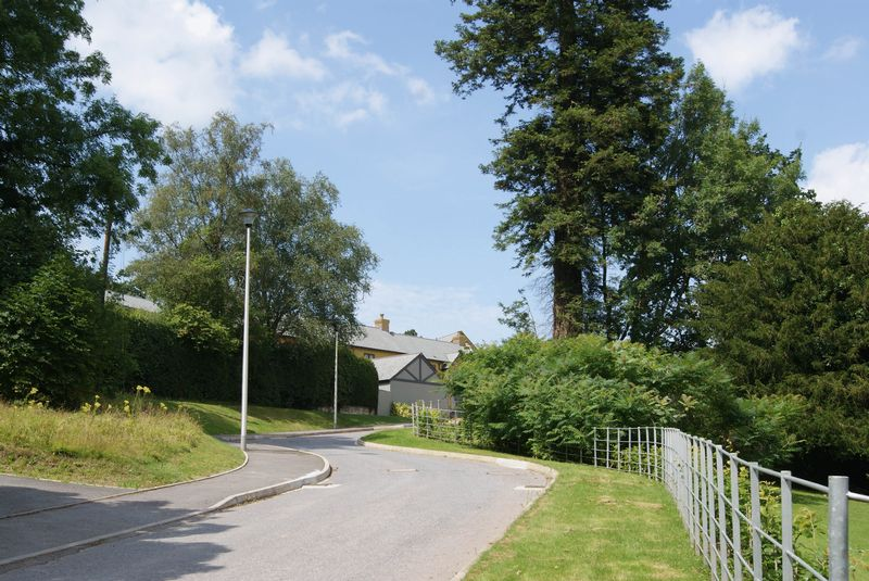 Aubyns Wood Rise