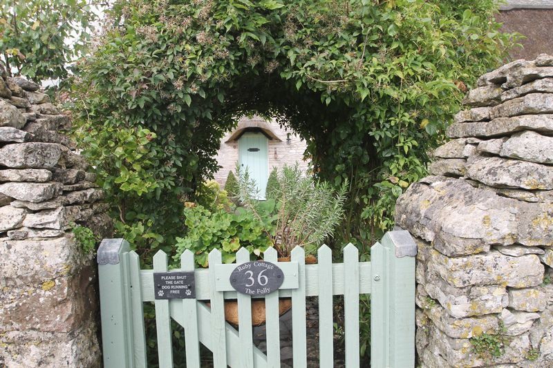 The Folly Chewton Mendip