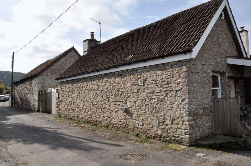 3a Rushmoor Lane