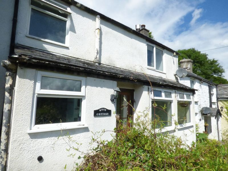 1 Bedroom Property for sale in Gunnislake, Cornwall