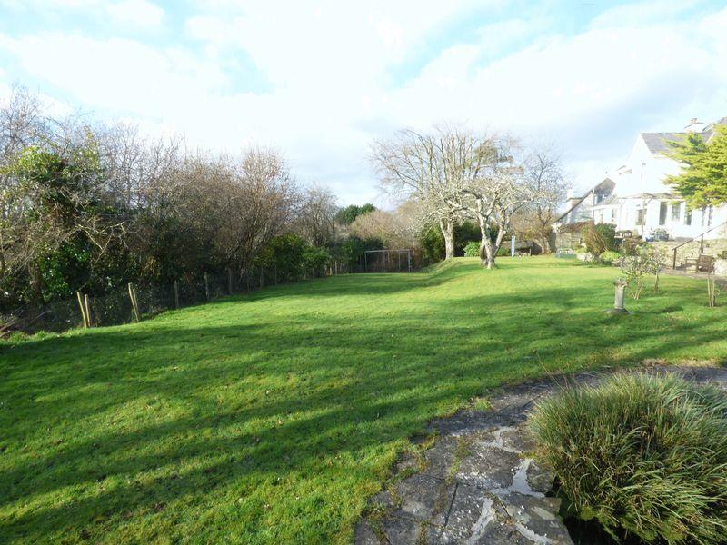 Oak Tree Lane Whitchurch