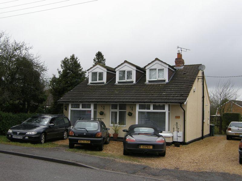 Cromwell Lane Burton Green
