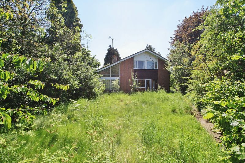 3 Bedrooms Property for sale in Glebe Close, Moulsford, Wallingford