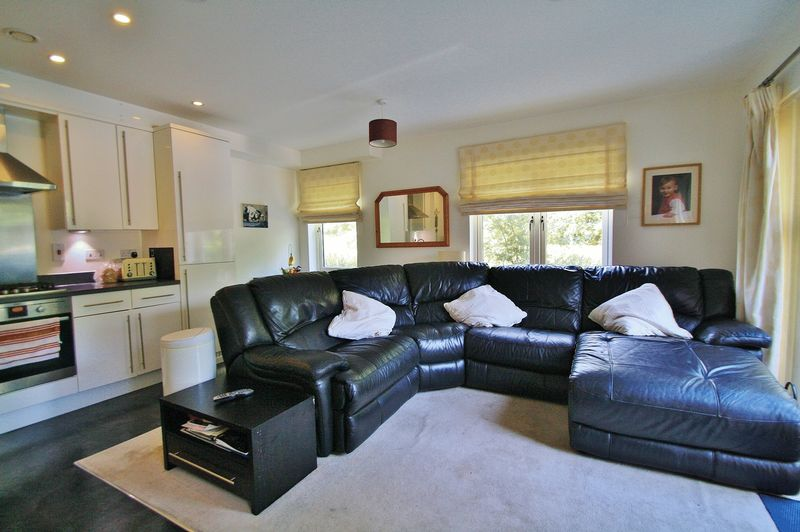 2 Bedrooms Property for sale in Villa Close, Cholsey