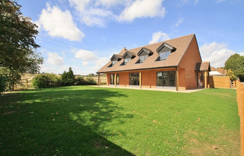 Willow Court Lane, Moulsford
