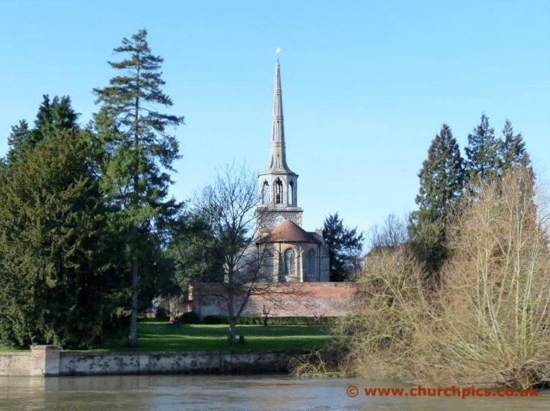 Wallingford River Thames