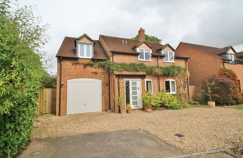5 Bedrooms Property for sale in The Laurels, Stadhampton, Stadhampton
