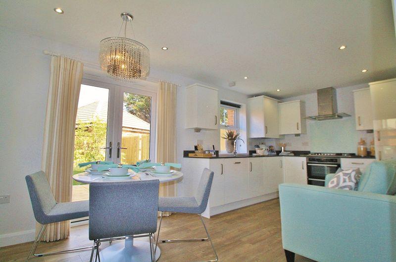 3 Bedrooms Property for sale in Habitat Way, Wallingford