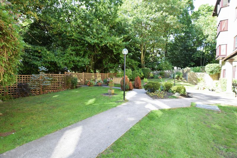 Gardens Road