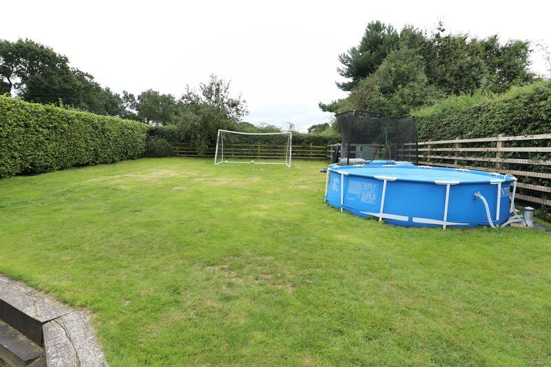 Pools Lane Smallwood
