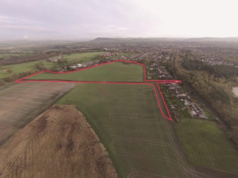 Land Between Giantswood Lane & Manchester Road
