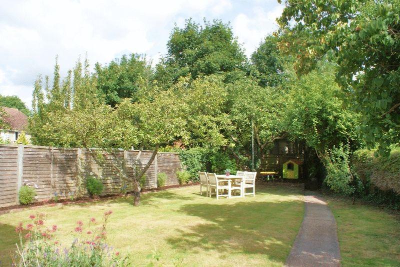 Evesham Road Emmer Green