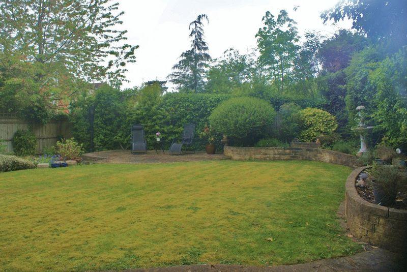 Braybrooke Gardens Wargrave