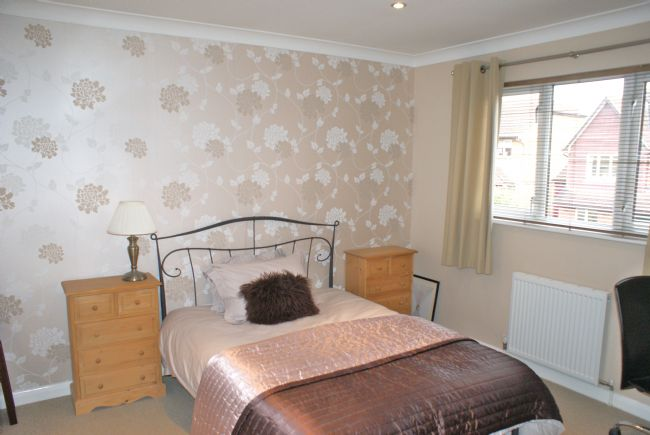 Saunders Close Twyford