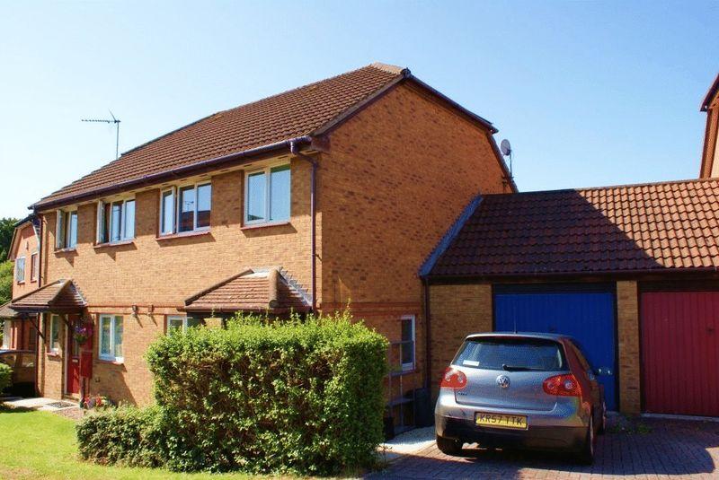 Burton Close Twyford