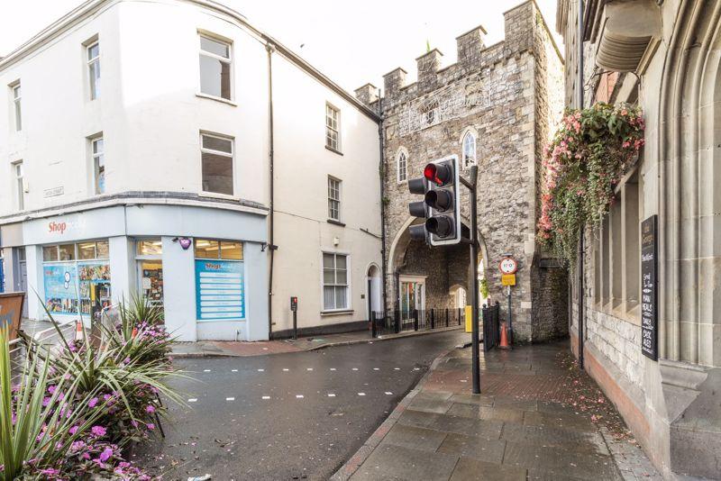 21 Moor Street