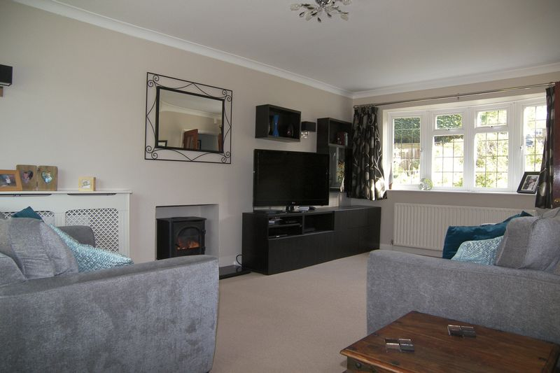 Trystings Close Claygate