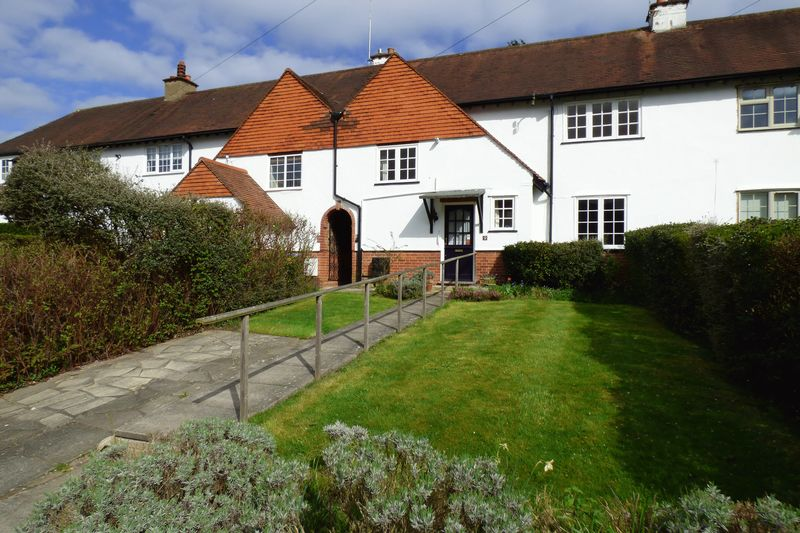 Rythe Road Claygate
