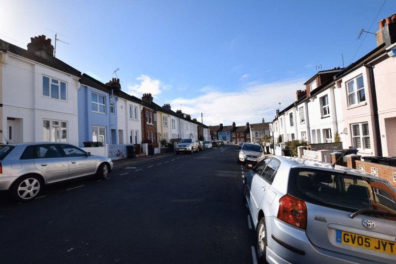 Carisbrooke Road