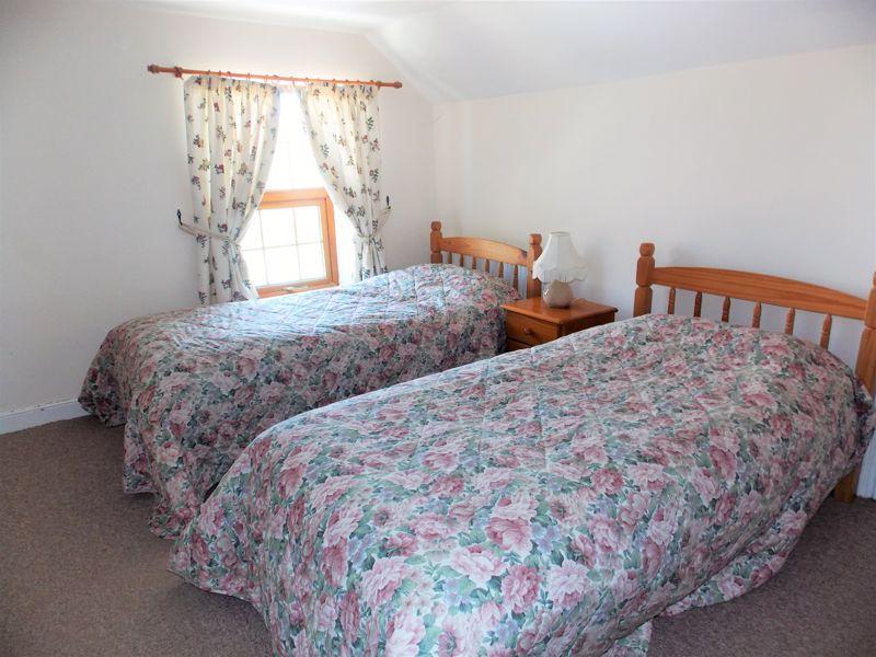 Bedroom 3 (Loft Room)