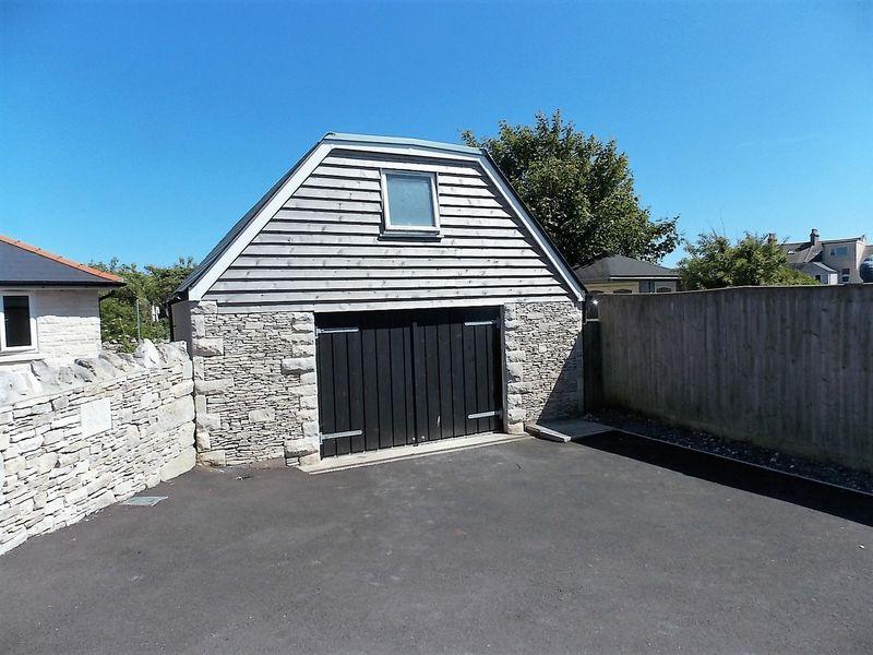 Two Storey Barn/Garage