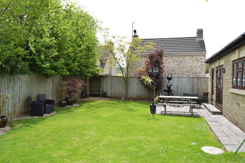 Dymboro Gardens Midsomer Norton