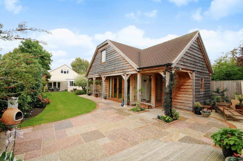 4 Bedrooms Property for sale in Hanney Road, Steventon, Abingdon