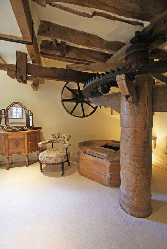 Master bedroom mill workings