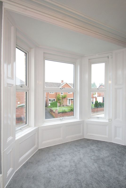 Bay window feature