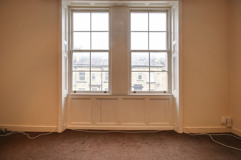 Sash Windows in Lounge