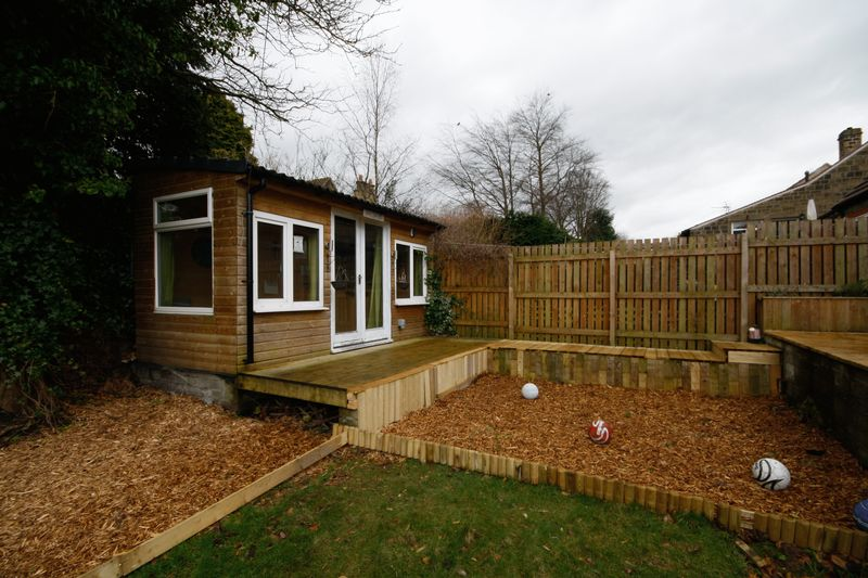 Rear Garden & Summerhouse