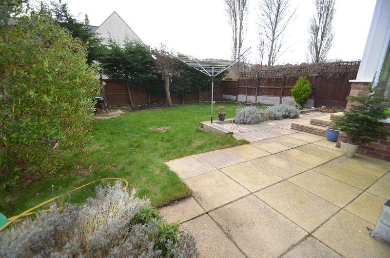 Roundham Gardens