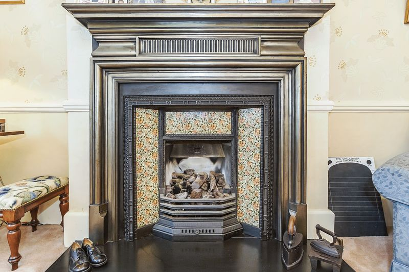 Front Reception 13 Tile Original Fireplace