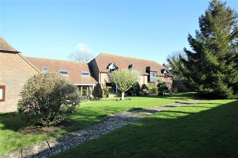 Willowborne Gardens Winfrith Newburgh