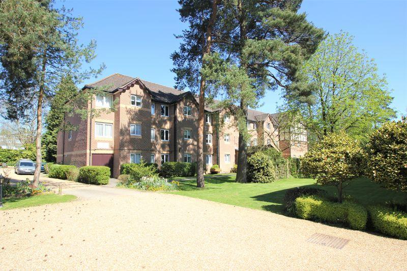 Glenmoor Road West Parley